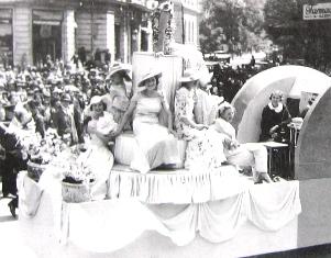 Care alegorice ale muncii, Rochia moderna, 26 mai 1935