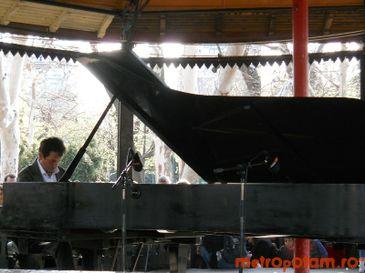 Pianul Calator