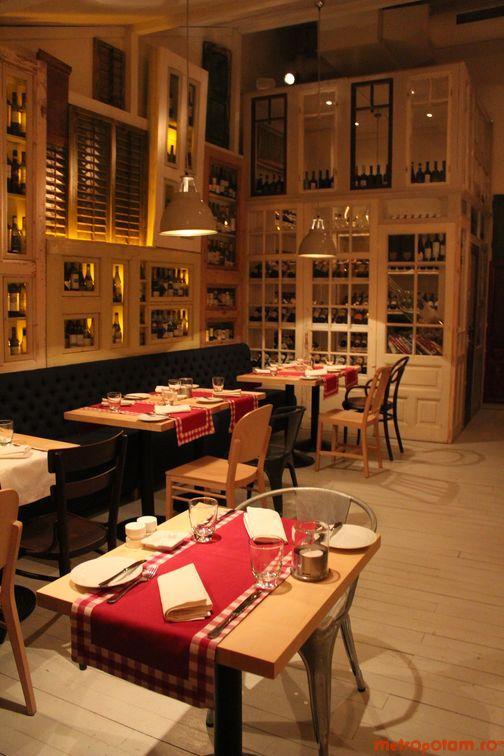 Salonul sticlelor de vin