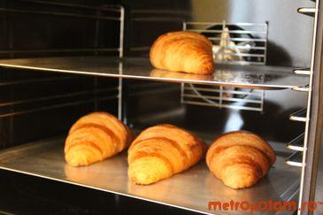 Croissant proaspat, anyone?