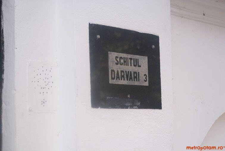 Schitu Darvari