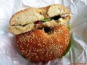 Bagelwich cu hummus