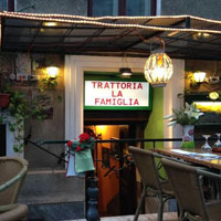 Cronici Restaurante din Romania - Trattoria La Famiglia, restaurantul italienesc din spate de la Ateneu, unde gasesti mancare delicioasa si o terasa minunata