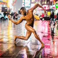 La zi pe Metropotam - Dansatori din lume s-au dezbracat complet intr-o serie de fotografii artistice superbe