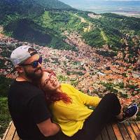 Chestionar de Metropotam - Chestionar de Metropotam - de vorba cu Irina si Bogdan Popa, cuplu fericit si antreprenori de Frizzante Ride