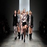 Franta interzice caselor de moda sa foloseasca modele prea slabe si introduce o lege care revolutioneaza industria modei