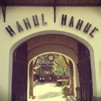 Hanul lui Manuc - mancare romaneasca buna si vinuri pe alese