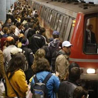 Utile - Defectiune la metroul din Bucuresti, circulatia ingreunata intre Unirii si Pipera