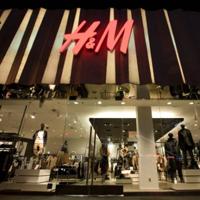 Hai la cumparaturi! - H&M deschide un nou magazin in cartierul Titan