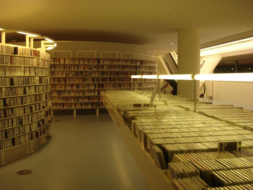 biblioteca amsterdam 1
