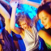 10 cluburi din Bucuresti unde poti bea ieftin