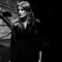 """Interviuri - Interviu de Bucuresti cu Cristina Mihailescu: """"Cateodata, cand merg cu metroul, parca intru intr-un soi de comuniune cu ceilalti oameni"""""""