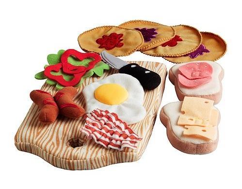 Set mic-dejun