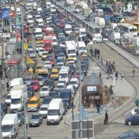 Utile - Trafic 12 noiembrie: Se circula greu pe Soseaua Colentina din cauza unor semafoare defecte