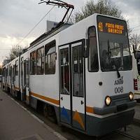 La zi pe Metropotam - Nou scandal in 41 - trei controloare au fost imbrancite afara din tramvai de un barbat nervos fara bilet
