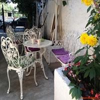 Cronici Ceainarii din Bucuresti, Romania - Ceainaria Annette - un loc desprins parca din povestile cu Alice in Tara Minunilor, de pe Polona