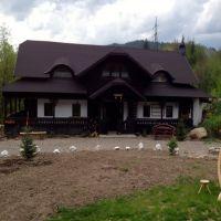 Locuri de vizitat - Idee de vacanta: Casa Poveste, locul din Bucovina de care te vei indragosti