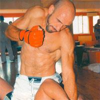 Mixul de 10 criterii cand vrei sa te apuci de MMA, recomandat de Tiberiu Florescu