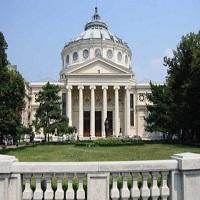 La zi pe Metropotam - In fata Ateneului din Bucuresti a fost amplasata o piscina de 20 de metri