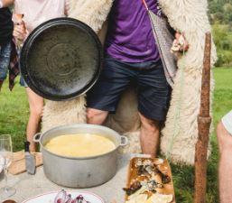 La zi pe Metropotam - De vorbă cu Cristian Cismaru, fondatorul My Transylvania, despre pasiunea pentru satul românesc și evenimente gastronomice