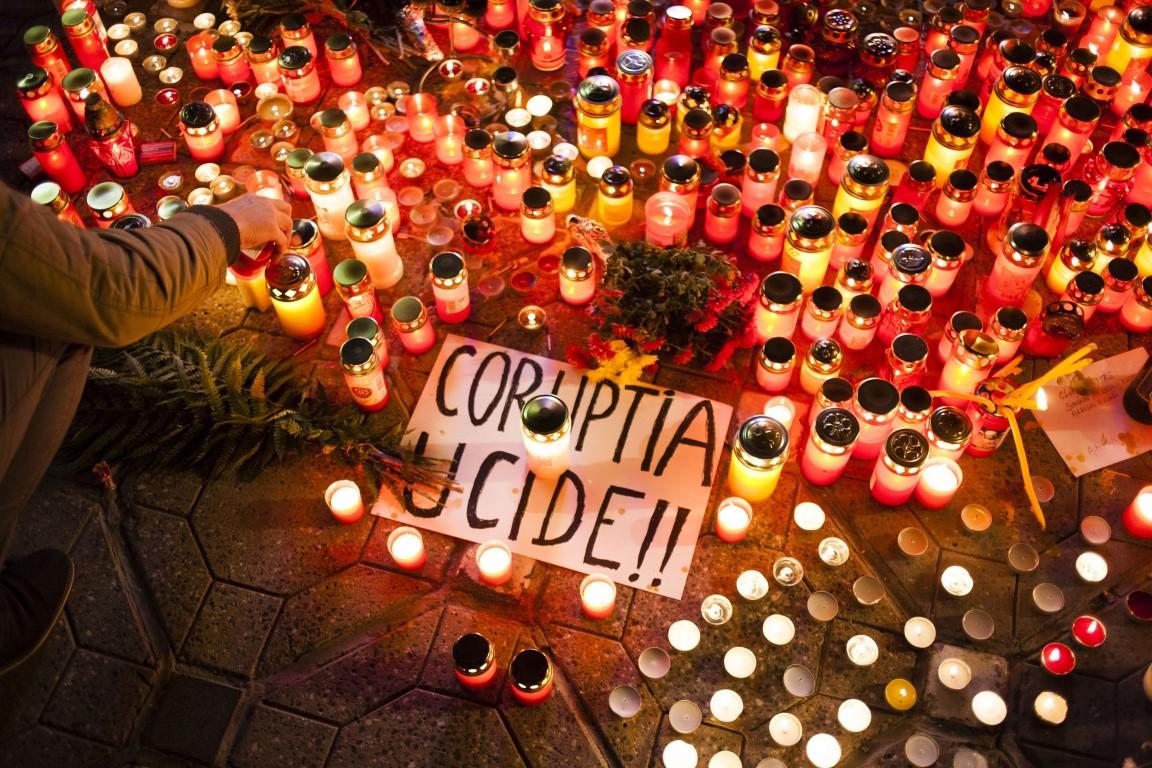 """""""#COLECTIV, au trecut 3 ani si nimic nu s-a schimbat!""""- Marș în memoria victimelor de la Colectiv"""