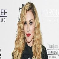 La zi pe Metropotam - Ce promisiune sexuala le-a facut Madonna celor care vor vota cu Hillary Clinton