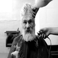 La zi pe Metropotam - Un vagabond a fost transformat intr-un hipster, iar rezultatul este cu adevarat incredibil