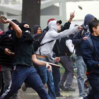 Societate - 8 proteste mari impotriva guvernarii, in 8 tari diferite, in aceeasi zi