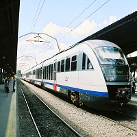 Utile - CFR + Sageata Albastra = LOVE - compania feroviara planuieste sa reintroduca 10 trenuri pana la final de 2016