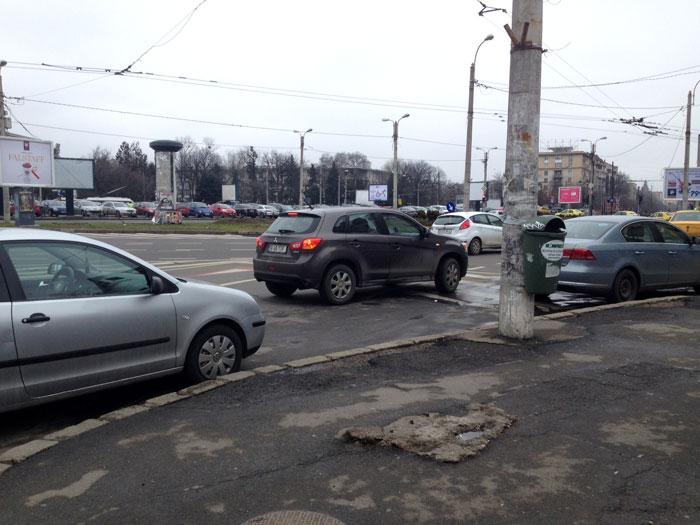 Ne-am plimbat cu Uber prin Bucuresti - mai scump ca taxiul, dar mai confortabil