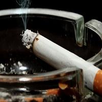 La zi pe Metropotam - S-a adoptat legea fumatului. Cum vor arata noile etichete de pe pachetele de tigari, cum ramane cu fumatul in baruri si alte hotarari