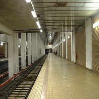 Utile - Din nou probleme la metrou - un tren a luat foc in mers la statia Timpuri Noi