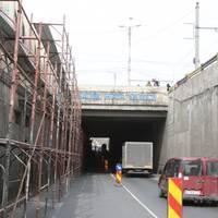 Utile - Pasajul Muncii a intrat in renovare: Se circula pe un singur sens si traseul liniei 1 de tramvai s-a modificat