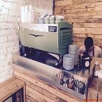 """Cronici Cafenele din Romania - Steam, un coffee shop urban unde gasesti cea mai buna cafea """"to go"""" din Bucuresti"""