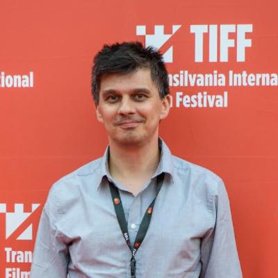 """La zi pe Metropotam - De vorbă cu Bogdan Apetri: """"Treaba unui regizor e să investigheze natura umană și să o descopere spectatorului"""""""