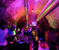 Cronici Cluburi din Bucuresti, Romania - Cum a fost si cum ni s-a parut la marea deschidere din Club Eden