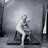 Cum a raspuns Amy Schumer haterilor care au spus ca e prea grasa ca sa o interpreteze pe Barbie