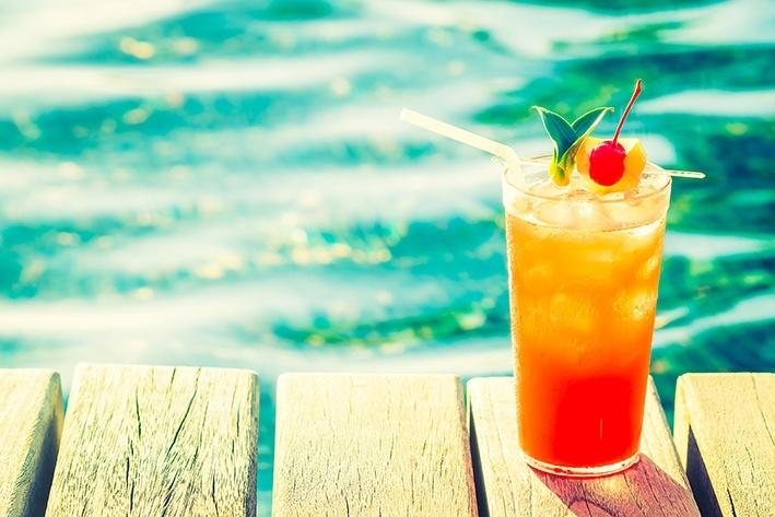5 cocktailuri pe care sa le bei vara asta in Bucuresti