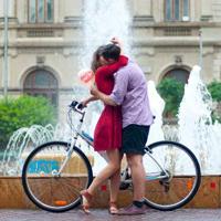 Interviuri - Interviu cu Orasul Indragostit, despre povesti urbane de iubire