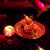 Cronici Ceainarii din Bucuresti, Romania - Shiva Coffee & Tea - salonul rosu cu specific oriental de pe Eminescu