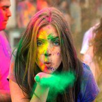 Unde Iesim in Oras? - Festivalul Holi Tour ajunge și în București pe data de 6 septembrie