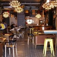 Cronici Restaurante din Romania - Care sunt barurile din Centrul Vechi cu cele mai mari incasari