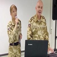 La zi pe Metropotam - Cum suna o piesa a Deliei interpretata de doi militari romani din Afghanistan