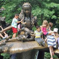 Utile - Consultatii stomatologice gratuite pentru copii in weekend - in Parcul Lumea Copiilor