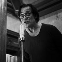 """Interviuri - Interviu de Bucuresti cu Marius Bodochi: """"Teatrul e o stare de bine. Ar trebui sa devina un drog"""""""