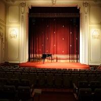 Cronici Baruri din Romania - Unde poti vedea gratuit piese de teatru in Bucuresti pana la sfarsitul lunii mai