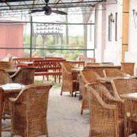 Cronici Restaurante din Romania - Idee de vacanta: Clos des Colombes, locul ideal pentru o degustare de vin langa malul marii