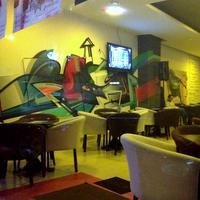 Cronici Cluburi din Bucuresti, Romania - Nexus Club & Bar - locul de langa Cismigiu dedicat gamerilor