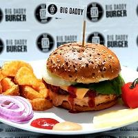 Unde Iesim in Oras? - Big Daddy Burgers: Home delivery de burgeri si pizza pentru zilele lenese