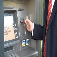 La zi pe Metropotam - Guvernul anunta restrangerea comisioanelor bancare